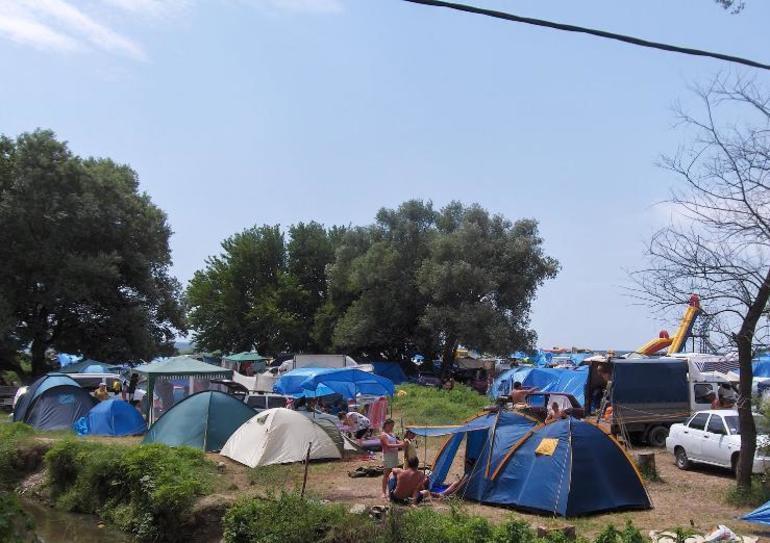 Палаточный городок в агое фото