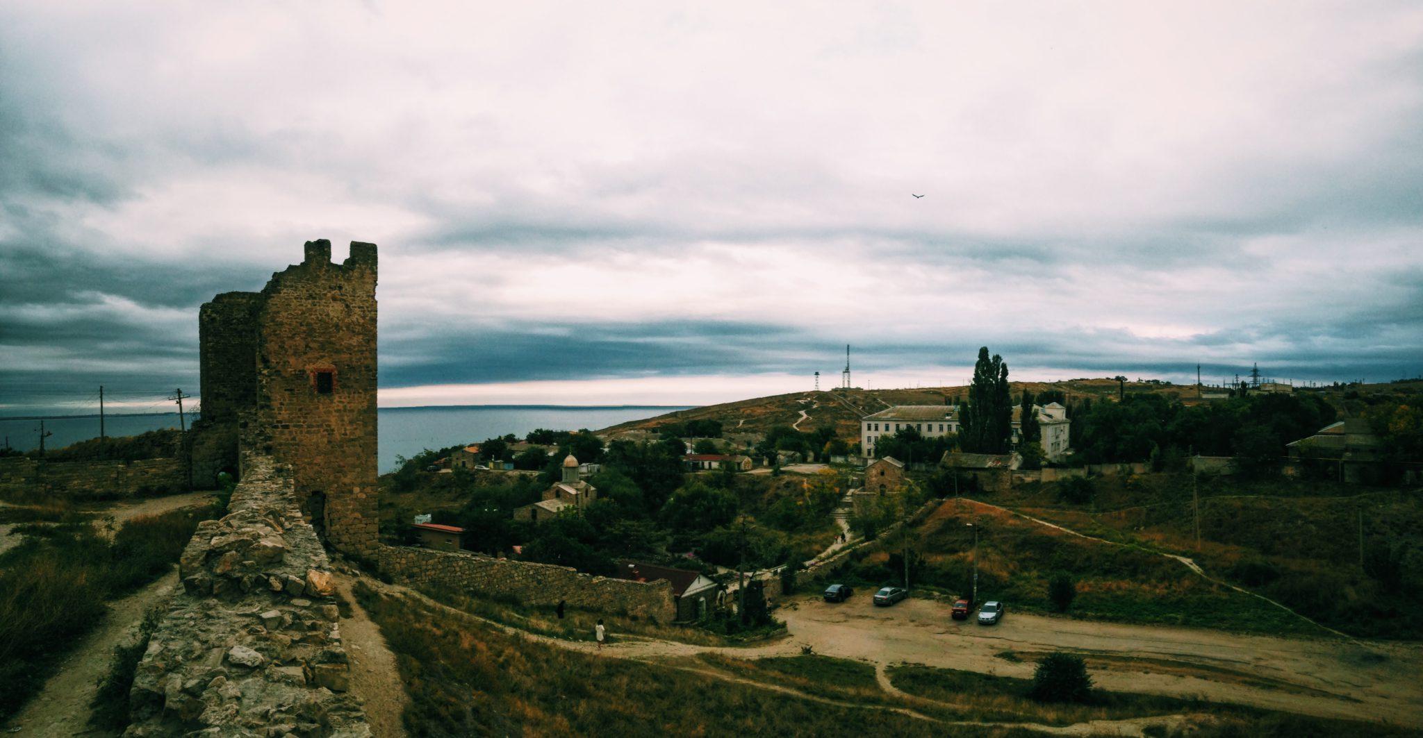 Достопримечательности Феодосии, средневековая крепость