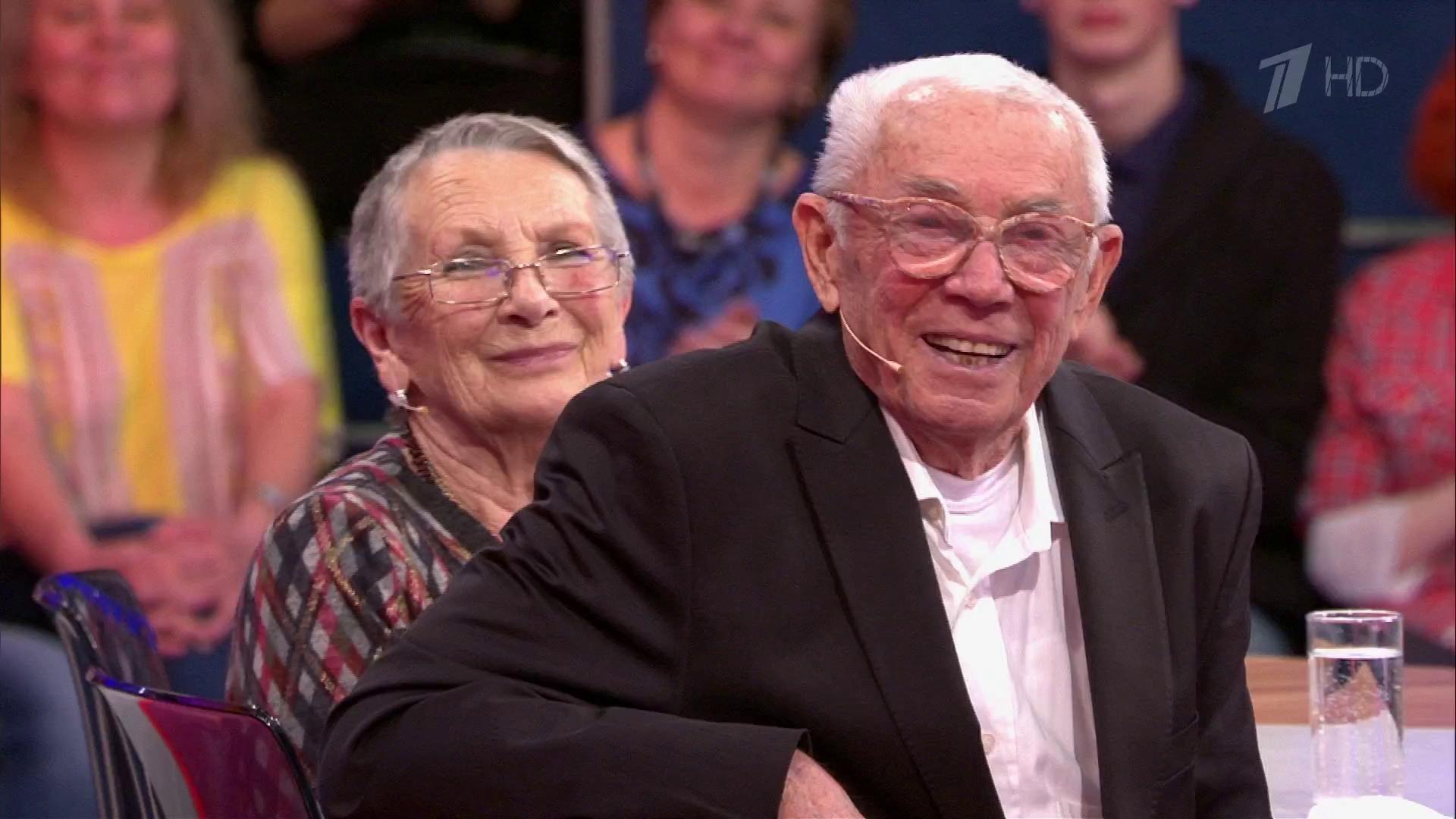 Олег Андреевич Анофриев с супругой