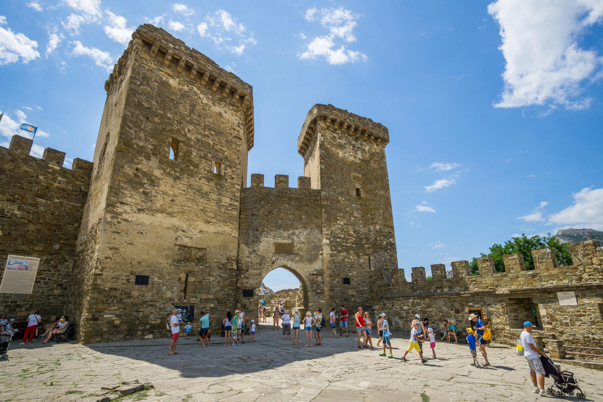 Достопримечательности Судака. Генуэзская крепость