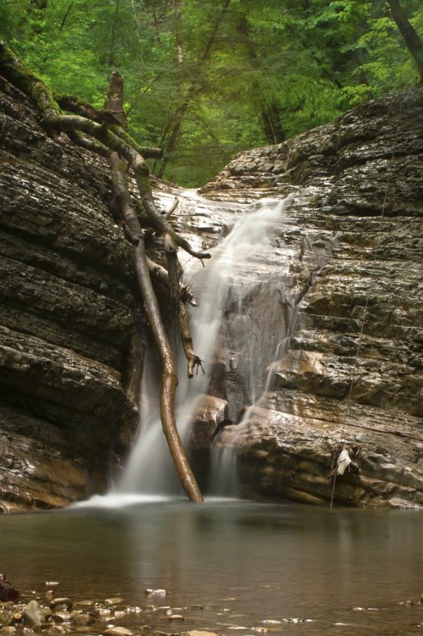 Маленький полковничий водопад