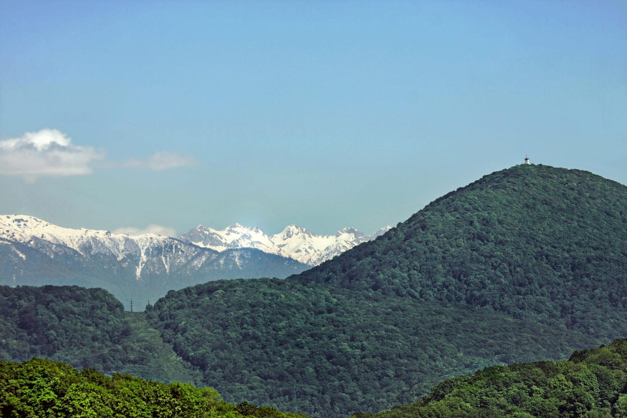 Вид на гору Ахун в Сочи