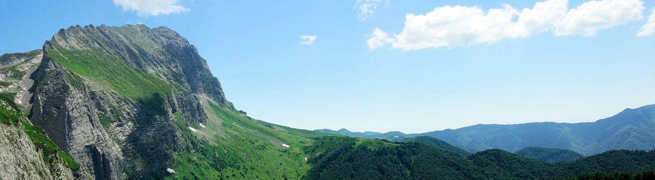 Пшехский водопад, окрестности