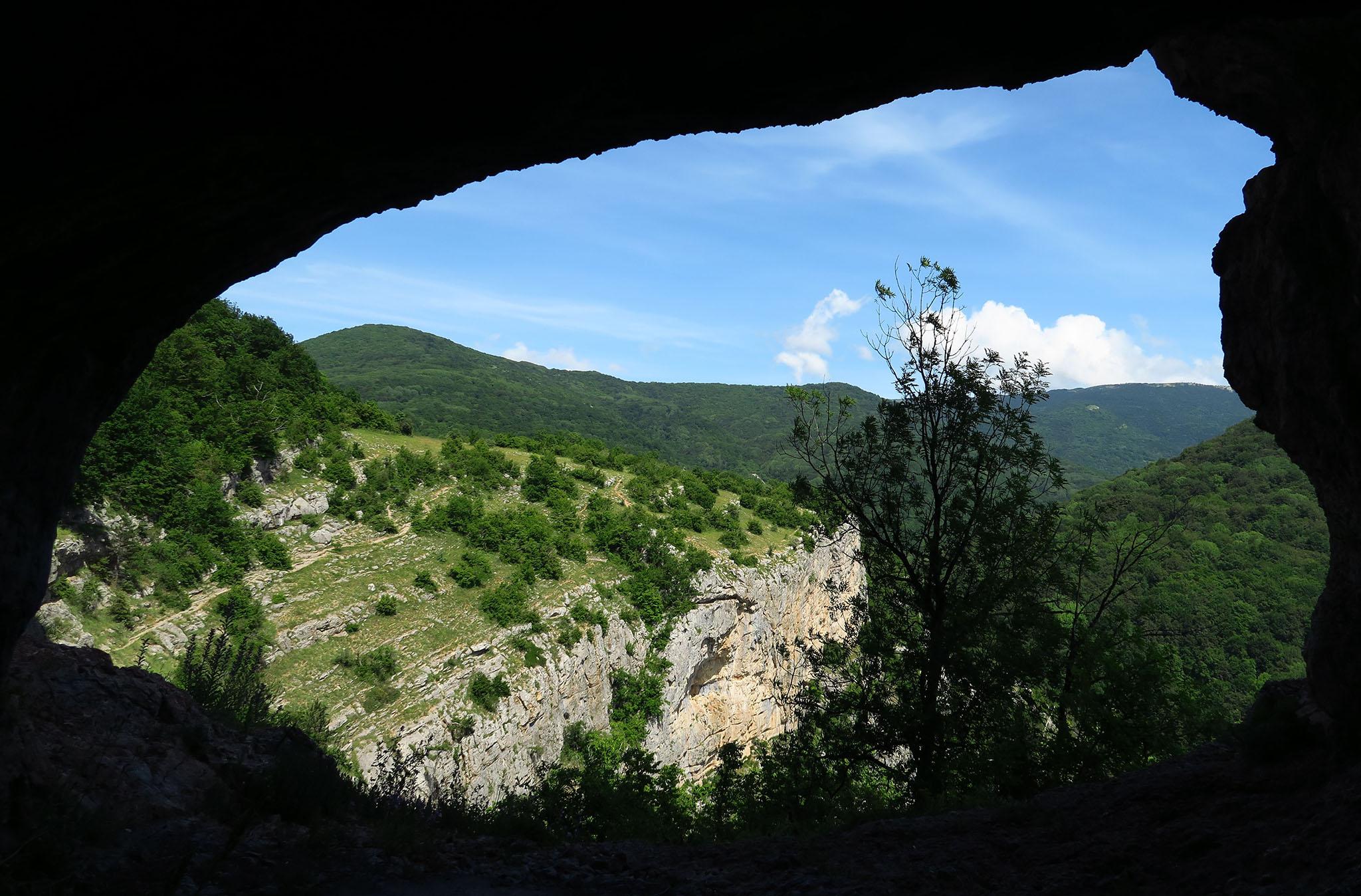 Большой крымский каньон, вид из грота