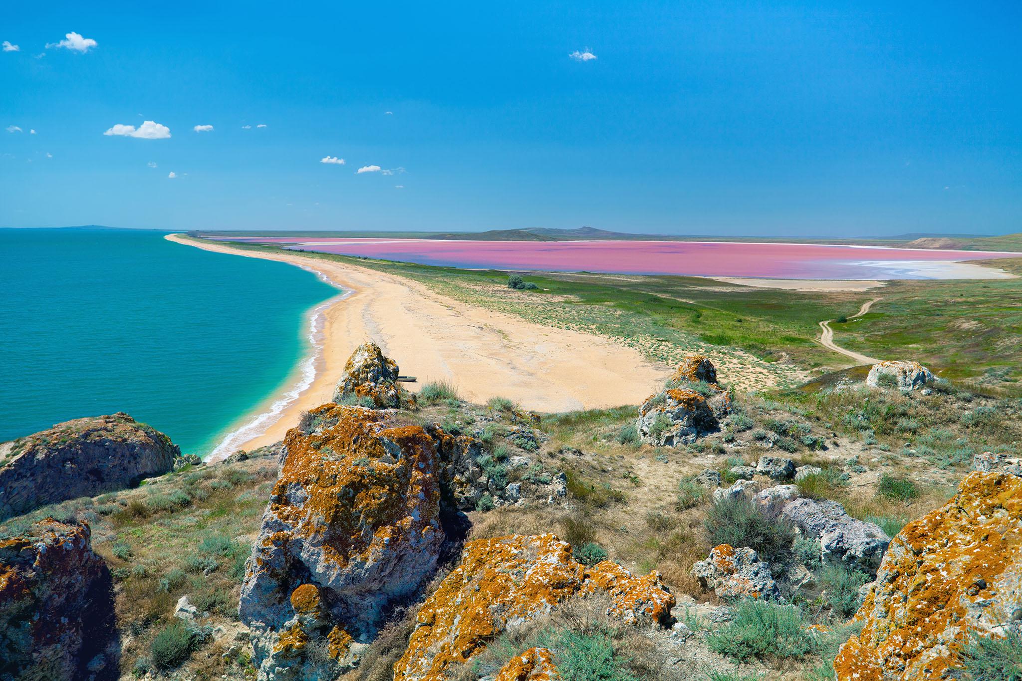 Розовое озеро, Феодосия, Крым