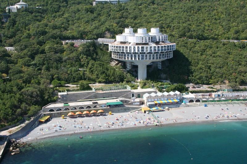 Иностранцы приезжают в Крым за лечением
