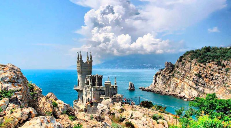 Первый раз в Крыму: города и места, которые стоит посетить туристу